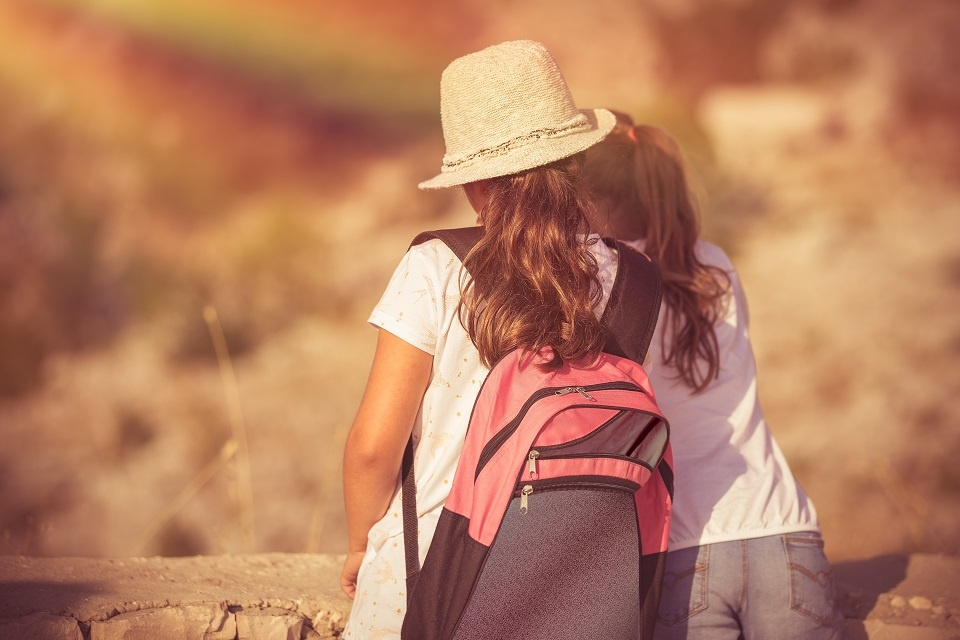 Should Stay-at-Home Parents Send Their Children to Camp? | Laval Families Magazine | Laval's Family Life Magazine