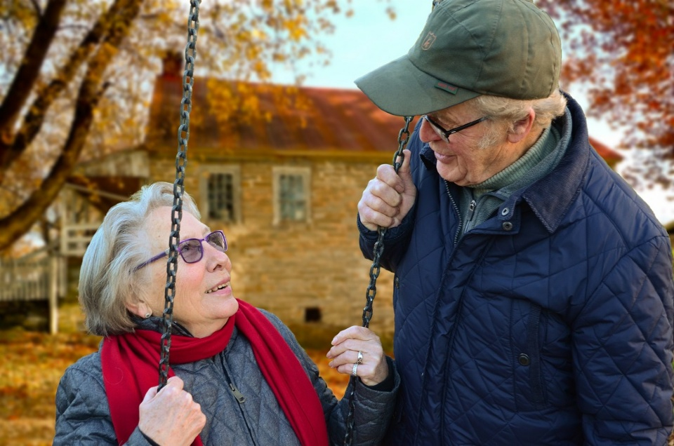 The Secret Reality of Senior Caregivers | Laval Families Magazine | Laval's Family Life Magazine