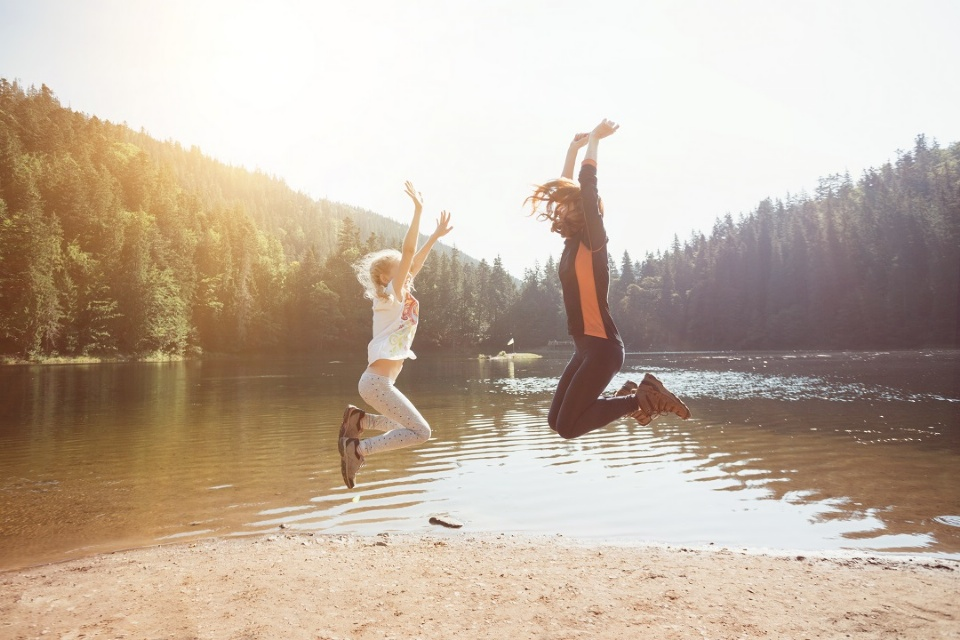 How to Discuss Summer Camp Safety with Your Teens | Laval Families Magazine | Laval's Family Life Magazine
