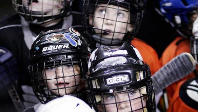 Is your child's hockey helmet safe?  | Laval Families Magazine | Laval's Family Life Magazine