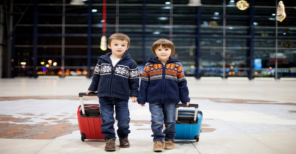 Travel and Children: Legal Tips   | Laval Families Magazine | Laval's Family Life Magazine