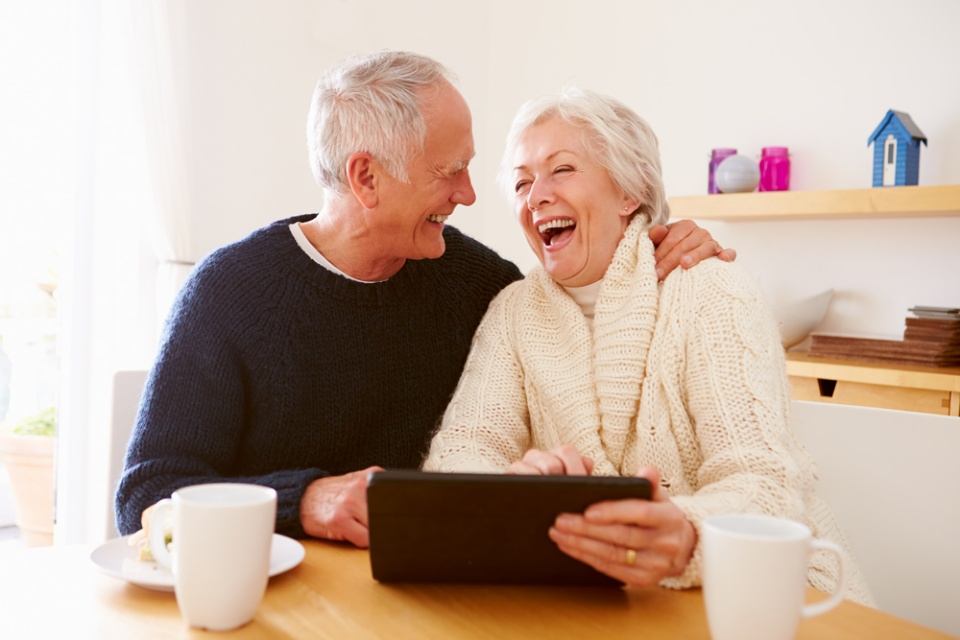Technologies to Embrace as a Senior | Laval Families Magazine | Laval's Family Life Magazine