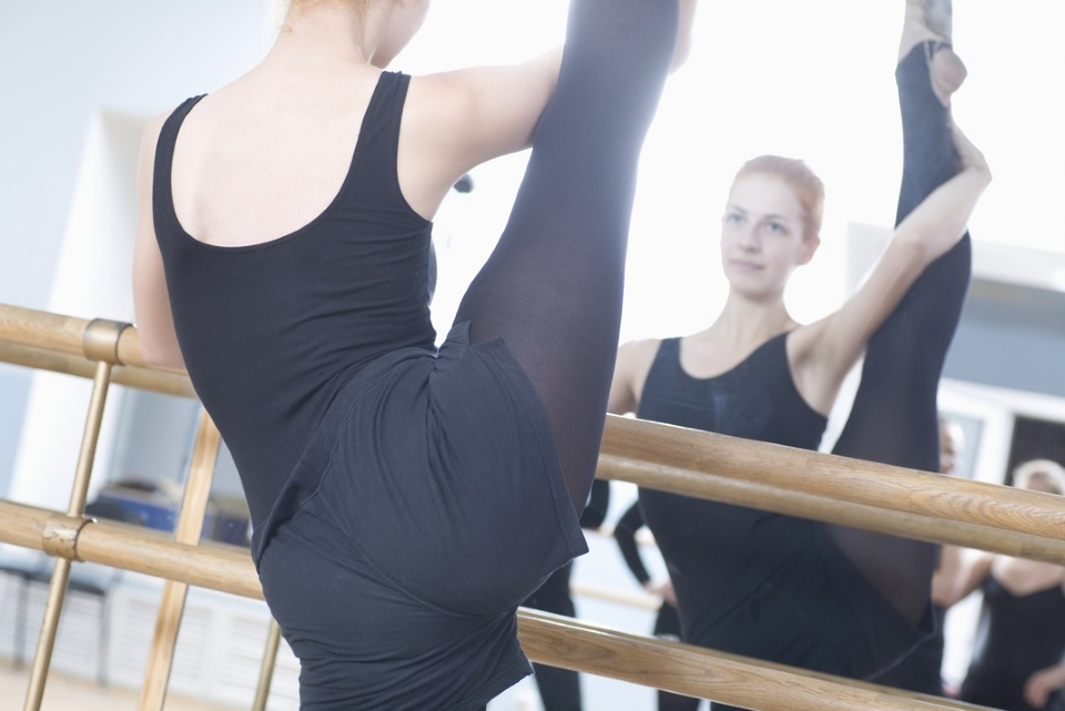 Barre Fitness: A Full Body Workout  | Laval Families Magazine | Laval's Family Life Magazine